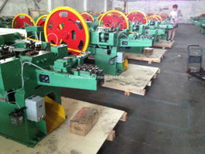 Full Automatic Simple Operating Nail Making Machine (Z94-1C) pictures & photos
