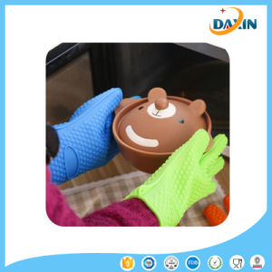 Whosales Silicone Gloves Heat Resistant / Silicone BBQ Cooking Gloves / Silicone Gloves BBQ pictures & photos