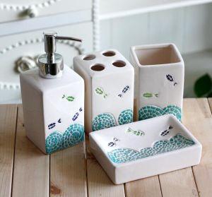 Customized 4PCS Ceramic 3D Hotel Bathroom Accessories Set pictures & photos