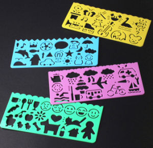 OEM Plastic Hollow-out Cartoon Ruler for Student and Kids pictures & photos