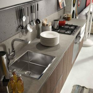 High End White Lacquer and Wood Grain Melamine Kitchen Cabinet pictures & photos
