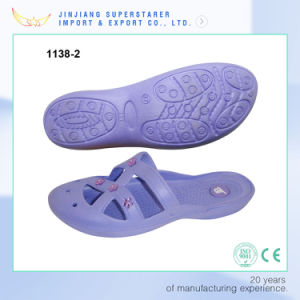 Latest Girl′s Colgs EVA Slippers Casual Bath Breathable Sandals pictures & photos