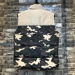 Classic Stand Collar Men Vest with Camo Print pictures & photos