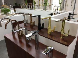 Brass Chrome Finish Bathroom Basin Mixer for Basin Faucet pictures & photos