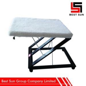 Metal Ottoman Soft, Portable Folding Foot Stool pictures & photos