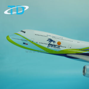 B747-8 Scale 1: 100 73cm Resin Model Airplane for Sale pictures & photos