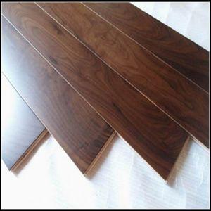 Household/Commercial Engineered American Walnut Wood Floor/Hardwood Flooring pictures & photos