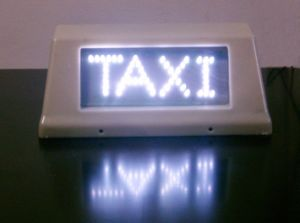 Outdoor Double Side Taxi Roof Video LED Display pictures & photos