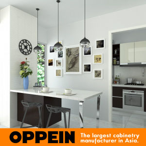 Oppein Contemporary Elegant HPL Wooden Kitchen Cupbaord (OP15-HPL06) pictures & photos