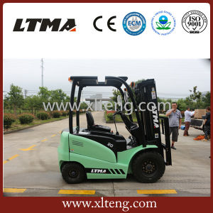Small Forklift Battery Prices 2 Ton Electric Forklift for Sale pictures & photos