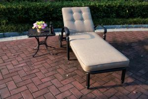 Leisure Chaise Lounge Cast Aluminum Furniture for Garden pictures & photos