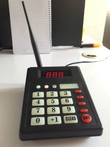 CE Approved Digital Wireless Pager System in 433.92MHz pictures & photos