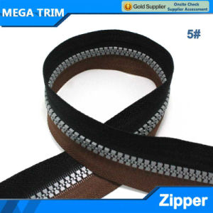 Double Color Tape Grey Teeth Resin Zipper pictures & photos