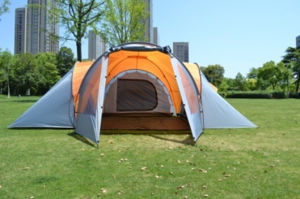Double Layer Waterproof Camping Tent/Family Tent (ETF-014) pictures & photos