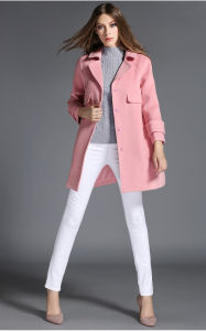 2016 Winter Fashion Design Pink Women Coat pictures & photos