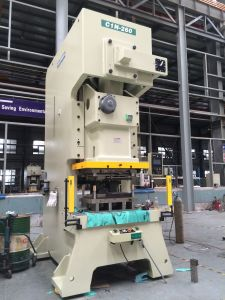 C-Frame Single Crank Mechanical Press/Power Press (C1N-260ton) pictures & photos