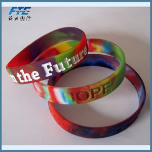 Mixed Color Silicone Rubber Wristbands pictures & photos