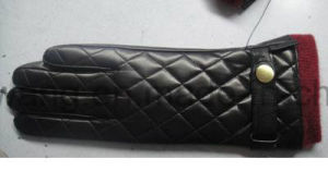 Fashion Men′s Warm Leather Gloves/Mittens pictures & photos
