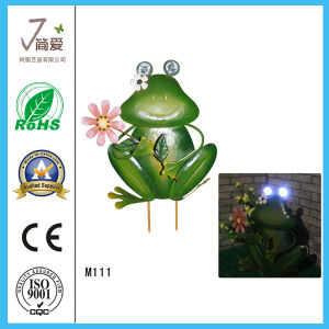 New Design Frog Metal Craft for Garden Decoration with Lighting pictures & photos