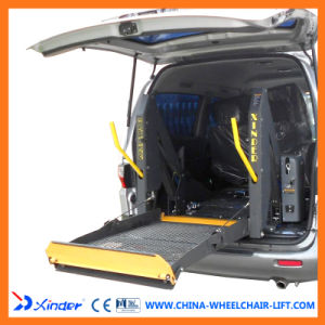 Good Quality Dual Arm Wheelchair Elevator Lift for Car pictures & photos