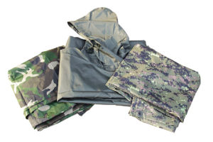 Military Army Waterproof Poncho (RS05-01A) pictures & photos