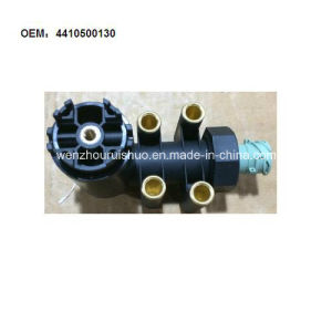 4410500130 Leveling Valve for Renault pictures & photos