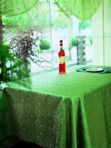 100%Polyester Solid Jacquard Tablecloth/Placemat pictures & photos