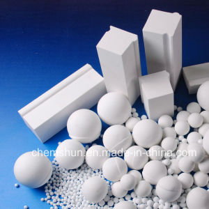 Alumina Ceramic Grinding Media by Alumina Ball / Cylinder pictures & photos