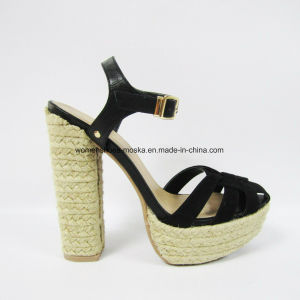 Hot Sale Women Fashion Chunky High Heel Sandal with High Quality pictures & photos