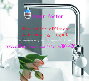 Tap Water Faucet Purifier with Activated Carbon Filter to Wippe off Chemicals and Improve Tastes pictures & photos