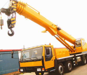 40 Tons Truck with Crane pictures & photos