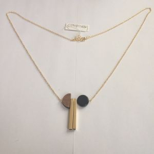 Half Round Wooden Necklace with Metal Fashion Jewellery pictures & photos