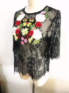 Fashion Clothes Embroidery Tops Women Lace Garment pictures & photos