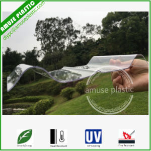 Transparent Corrugated PC Sheet Polycarbonate Tiles for Greenhouse Roofing pictures & photos