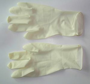 Medical Powdered Smooth Surface Latex Gloves pictures & photos