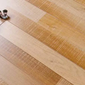 Classical Especially Natural Wood Laminate Flooring pictures & photos