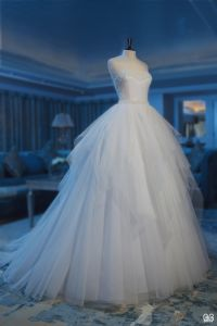 Sweetheart A-Line Bridal Dress White Tulle Floor-Length Wedding Dress Zy03 pictures & photos