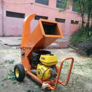 10cm Farm Petrol Power Log Chipper Shredder/ Wood Cutting Machine Crusher pictures & photos