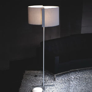 Modern Bedside Floor Lamp in Fabric Shade (F2333-1G) pictures & photos