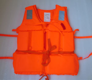Foam Floating Fishing Kayak Life Jacket Safety Vest pictures & photos