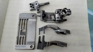 Suraba 4needle 6thread Gauge Set Sewing Machine Parts pictures & photos