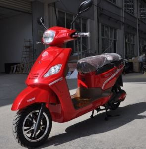 High Quality Ce EEC 72V 28ah 2000W Powerful Electric Scooter pictures & photos