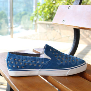 Fashion Style Rubber Outsole PU Upper Vulcanized Shoes Snc-03053 pictures & photos