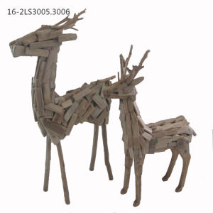 Wooden Deer Decorations of Natural Home and Garden Decor or Gift pictures & photos