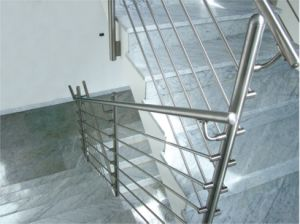 Stainless Steel Tube and Bar Staircase Balustrade pictures & photos