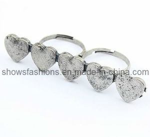 Finger Ring/Two-Finger Alloy Antique Plated Ring/ Fashion Jewelry (XRG12066) pictures & photos