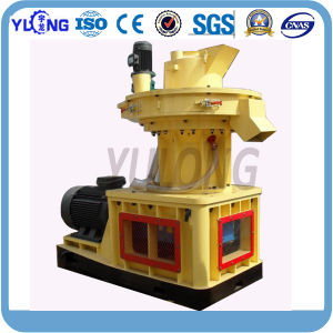 Yulong Vertical Ring Die Type Biomass Pellet Mill pictures & photos