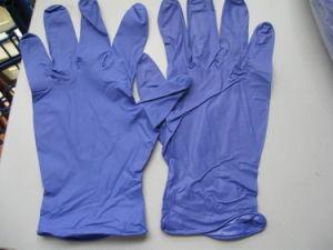 Nitrile Examination Gloves Dark Purple Color pictures & photos