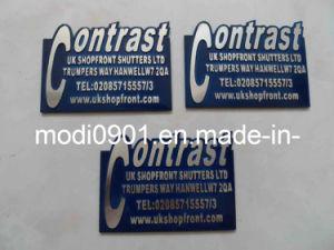 Metal Nameplate Badge Pin Badge with Custom Logo Milling Metal Label-Shinning Badge pictures & photos
