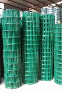 Welded Fence Mesh / Fence Netting pictures & photos